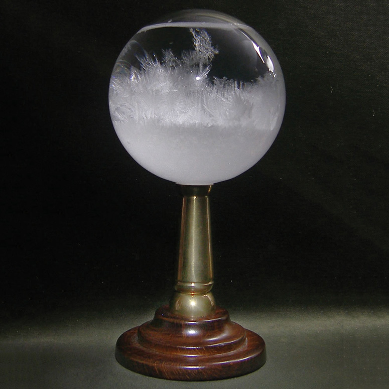 hms-beagle-admirals-storm-glass-mysterious-weather-forecasting-instrument-xl.jpg