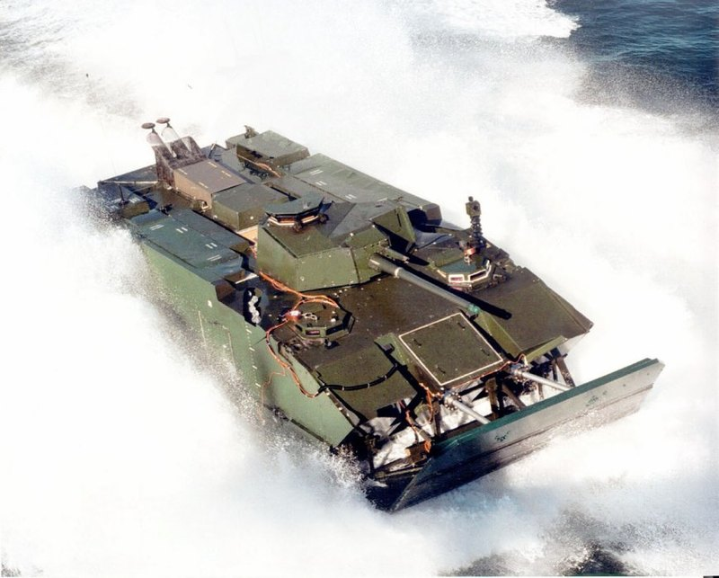 1280px-Expeditionary_Fighting_Vehicle_at_speed_in_water.jpg