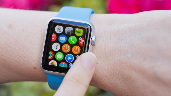 Apple Watch — апрель 2015