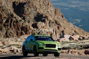 Рекордный заезд Bentley Bentayga на Пайкс Пик: полный онборд